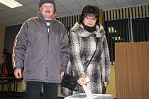 Manželé Jaroslav a Lenka Hlaváčkovi.