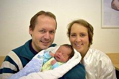Vojtěch Hruška dělá radost Janě a Rostislavovi z Vysokého Mýta. Při narození 6. 11. ve 22.20 hodin vážil 3,8 kg. Na brášku se doma těší i Honzík a Anežka.