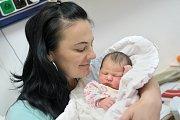 Nela Najmanová se narodila 4. 12. v 7.55 hodin. Vážila 3,89 kg a s rodiči Michaelou a Zdeňkem a bratrem Zdeňkem bude doma v České Třebové.