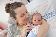 Jakub Jiroušek se narodil 11. 10. v 8.02 hodin Simoně a Ladislavovi z Ústí nad Orlicí. Porodní váhu měl 2,990 kg.