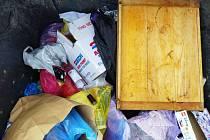 Odpadová revoluce se Vysokému Mýtu stále nedaří