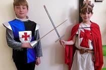 Školáci z Líšnice si na vlastní kůži vyzkoušeli život ve středověku.