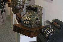 Pokladny v muzeu v Žamberku.