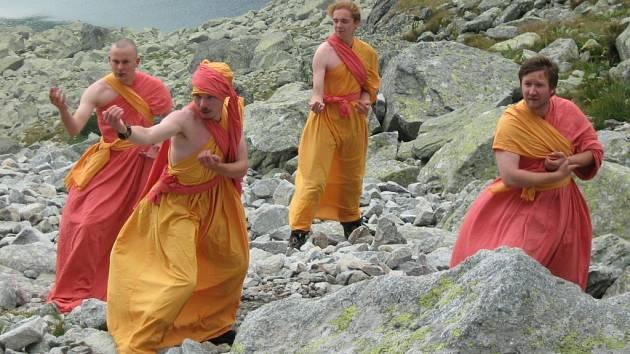 Cvičení kung-fu pod Rysy