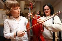 Ze zahájení Heranovy violoncellové soutěže v Ústí nad Orlicí.