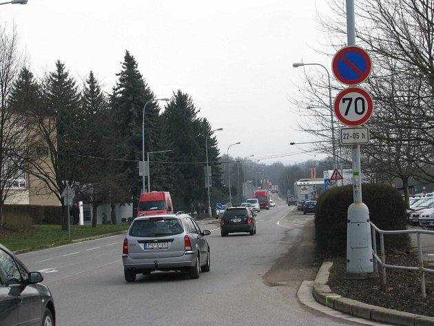 Silnice I/14 na ulici Moravská dostane nový povrch