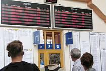 Také v železniční stanici v České Třebové cestující sledovali naskakující zpoždění kvůli nehodě v Brandýse nad Orlicí.