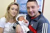 Sofie Jirásková je po Adámkovi druhým dítětem Evy a Libora z Lanškrouna. Na svět si 30. října v 1.33 přinesla 3,42 kg.