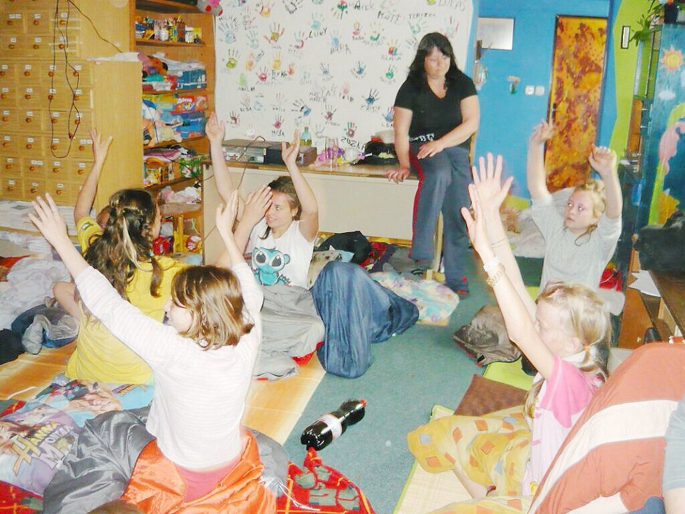 Pohádkově dobrodružné spaní pro děti ve Skuhrově.