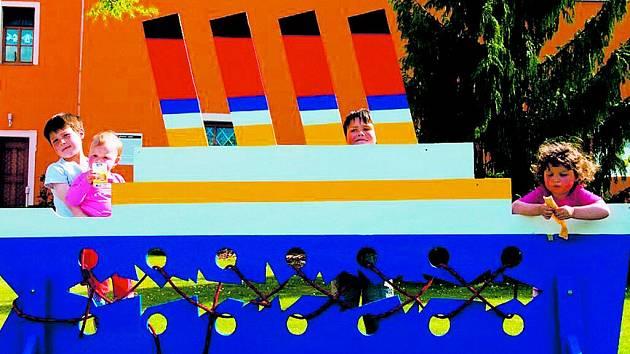 Zámecká slavnost proběhla v duchu námořní plavby.