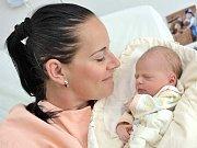 Vanesa Minářová bude doma s rodiči Lucií Vlčkovou a Marcelem Minářem a bráškou Robinem v Lanškrouně. Holčička se s váhou 2,94 kg narodila 12. července v 8.17 hodin.