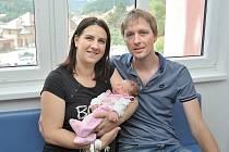 Ema Marie Kalousová těší rodiče Kateřinu Martinkovou a Adama Kalouse z Letohradu. S váhou 3220 g se narodila 31. 7. v 14.45 hodin.