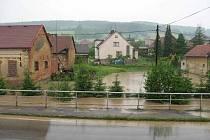 Sopotnicí se prohnala blesková povodeň.