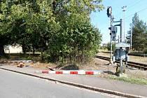 Hazard se životy: řidič jen těsně unikl srážce s vlakem.