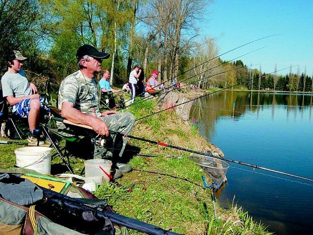 Z rybářských závodů v Lanškrouně.