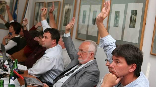 Z hlasování o ústecké Kociánce.
