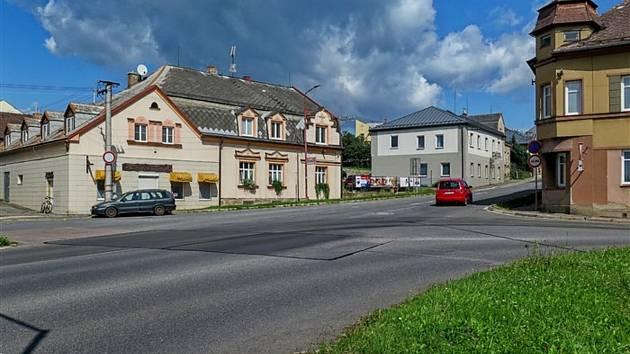 Ředitelství silnic a dálnic zahájilo přípravy projektu nového kruhového objezdu na křižovatce ulic Lidická a Komenského, která dlouhodobě komplikuje plynulost dopravy.