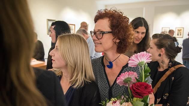 Žena objektivem Olgy Stráníkové, to je podtitul výstavy Síla křehkosti, která byla v pondělí zahájena v českotřebovském Kulturním centru.