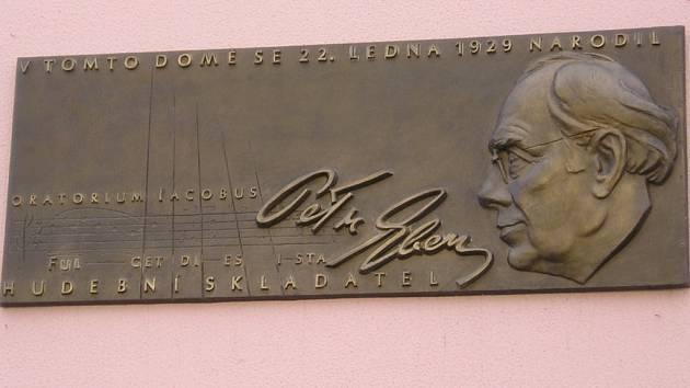 Pamětní deska Petra Ebena.