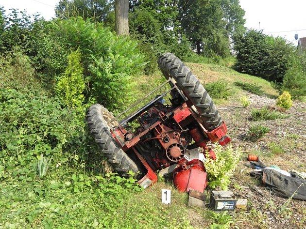 Z nehody malotraktoru na Lanškrounsku.