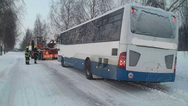 Uvízlý autobus u Pustiny