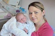 Miroslav Anděl se narodil 13. 11. v 5.14 hodin. Vážil 3,790 kg a s rodiči Janou a Miroslavemm bude doma v Lanškrouně. Na brášku se těší i sestřička Natálka.
