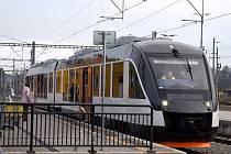 Trať z Ústí nad Orlicí na Králicko obsluhuje nový dopravce – společnost Leo Express.