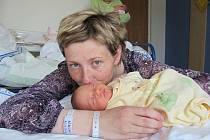 Terezka Közlová je první radostí pro manžele Andreu a Libora z Jablonného nad Orlicí. Na svět přišla 25. května v 10.27, kdy vážila 2,36 kg.