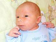 Martin Hutla je prvorozený syn Gity a Jiřího z Kostelce nad Orlicí. Na svět přišel 23. 2. v 0.24 hodin, kdy si přinesl váhu 3150 g.