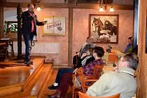 V posledním lednovém čtvrtku se v Restauraci Nový dvůr v Letohradě rozběhl další cyklus Cestovatelských čtvrtků.