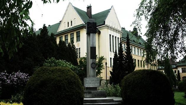 Gymnázium Česká Třebová
