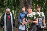 U pomníku mistra Jana Husa v parku Javorka v České Třebové se v sobotu dopoledne sešli lidé, aby uctili jeho památku.