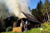 V Horních Boříkovicích hořela chata