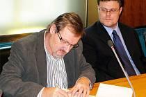Nový ředitel Orlickoústecké nemocnice Jiří Řezníček (vlevo).