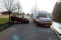 Dopravní nehoda osobního automobilu a dodávky v Letohradě.