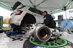 Na silnici na Andrlák testovali závodní Fabii R5