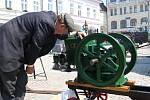 V sobotu se v centru Ústí nad Orlicí uskutečnil druhý ročník přehlídky historické techniky nazvané Strojní oustecká sobota.
