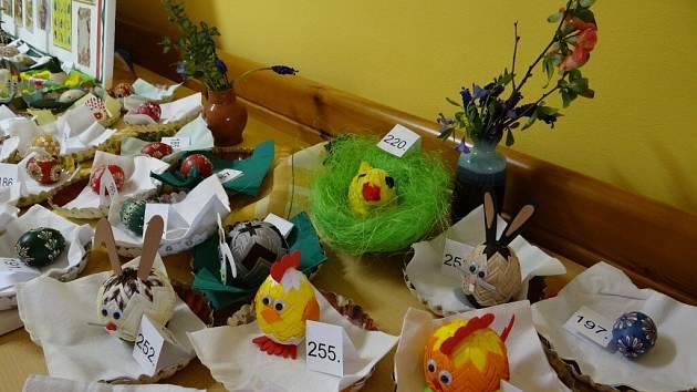 Z výstavy a soutěže O nejkrásnější vajíčko Lanškrounska.