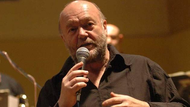 Peter Lipa vystoupí na lanškrounském festivalu Jazz a little otherwise.