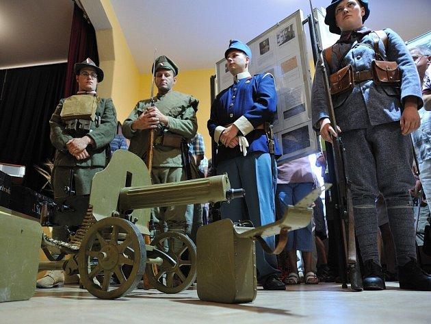 Z vernisáže výstavy Válka našich dědů ve Studeném.