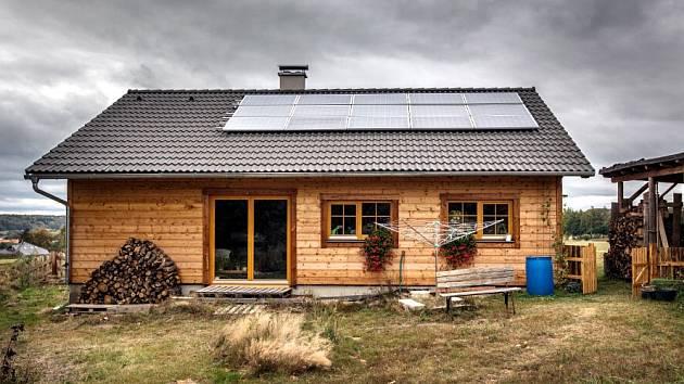 Oceněný soběstačný dům v Chocni.