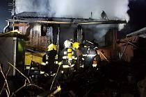 Požár chatky v Chocni
