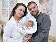 Tobiáš Vojtek bude doma s rodiči Mirkou Langrovou a Tadeášem Vojtkem a bratříčkem Lubošem v Ústí nad Orlicí. Narodil se 28. 2. ve 4.54 hodin, kdy vážil 4,1 kg.