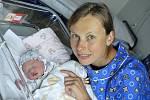 Alena Smirnova těší rodiče Olgu a Denise Smirnovovy z Ústí nad Orlicí. Na svět přišla 17. 6. v 1.00 s váhou 3,5 kg. Doma na ni čeká sestřička Anna.