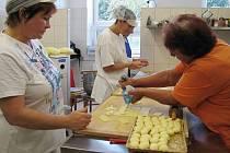Nová školní kuchyň a jídelna v Řetové.