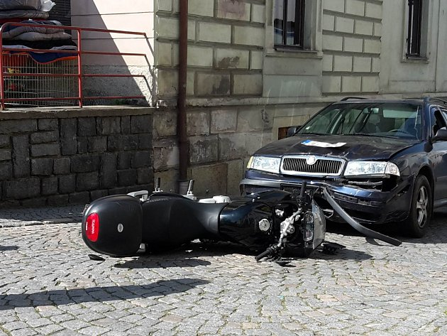 Dopravní nehoda v Letohradu.