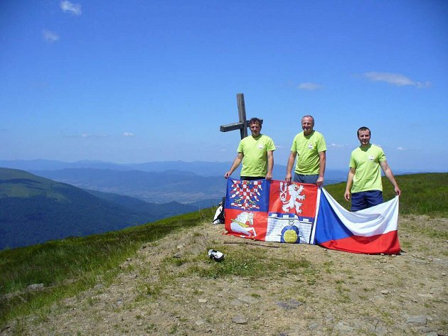 Obnova Jubilejní karpatské stezky z Užhorodu do Ždenijeva.