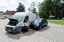 Dopravní nehoda u čerpací stanice EuroOil v Letohradu.