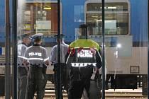 Manévry na českotřebovském nádraží: ve vlaku na Prahu byla nahlášena bomba.