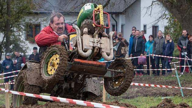 Sopotnická traktoriáda.